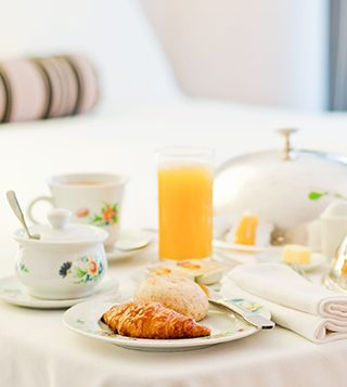 in-room-dining-1-2