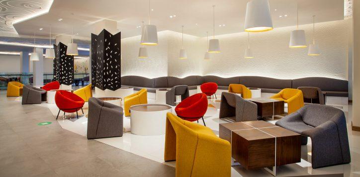 ibis-styles-lobby-area-2