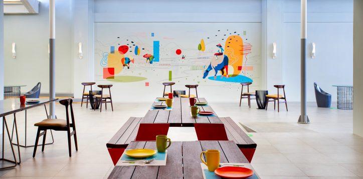 ibis-styles-streats-restaurant-outdoor-3